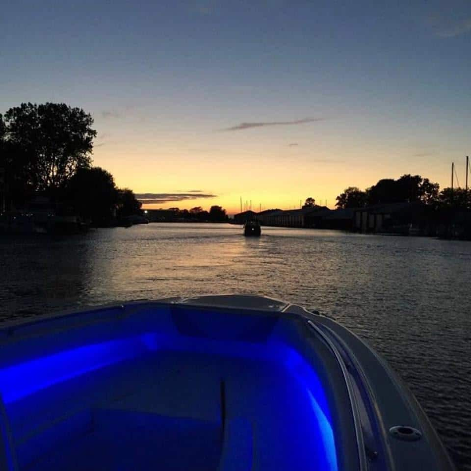 Wiring Led Lights On Boat Trusted Schematics Diagram Basic Pontoon Stereo Install Installing In Clinton Township Mi Imagine Marine Starter